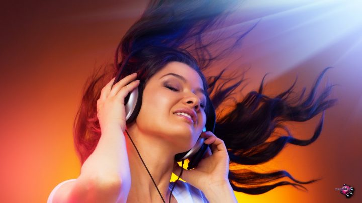 music_dj-music-related--04_20-1680x1050